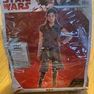 👻 NEW Disney Star Wars Rey Adult Women's Small